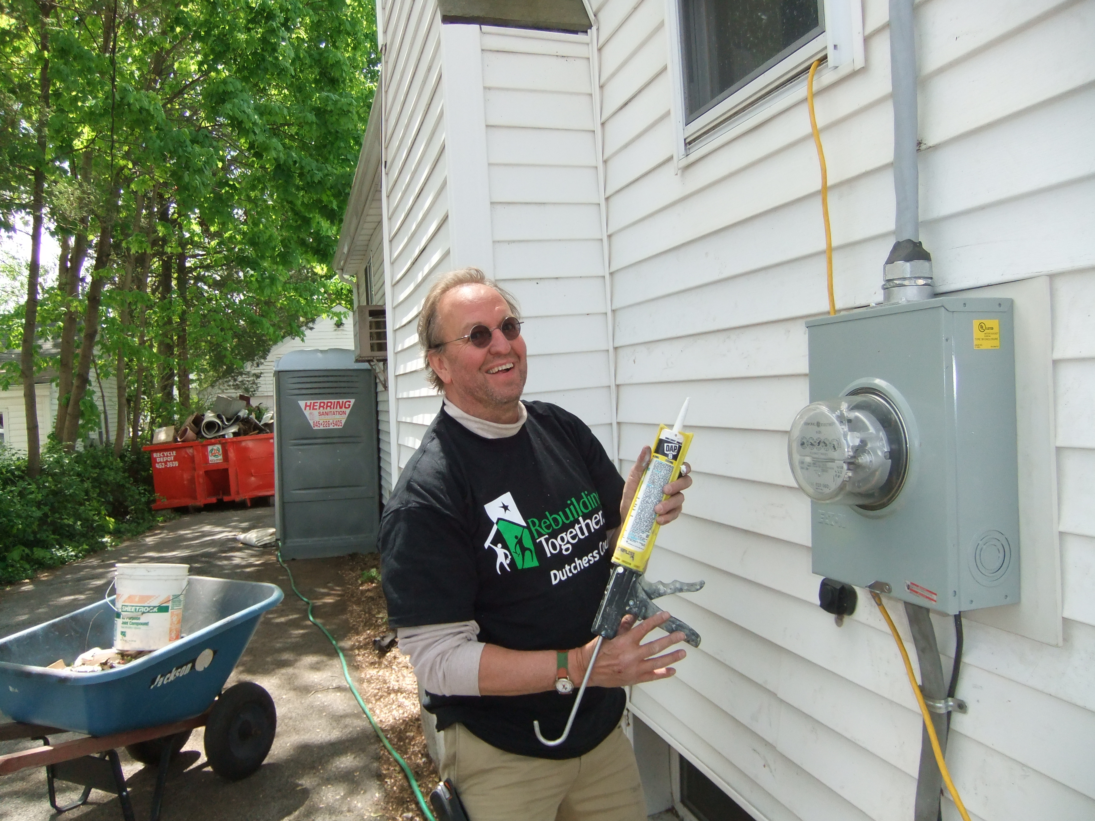 Don Veith volunteering on a Rebuilding Day project